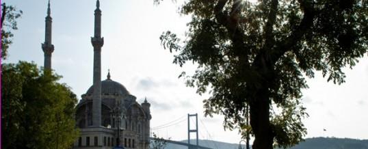 Schuster stellte in Istanbul deutsch-türkische Erfolgsgeschichten vor